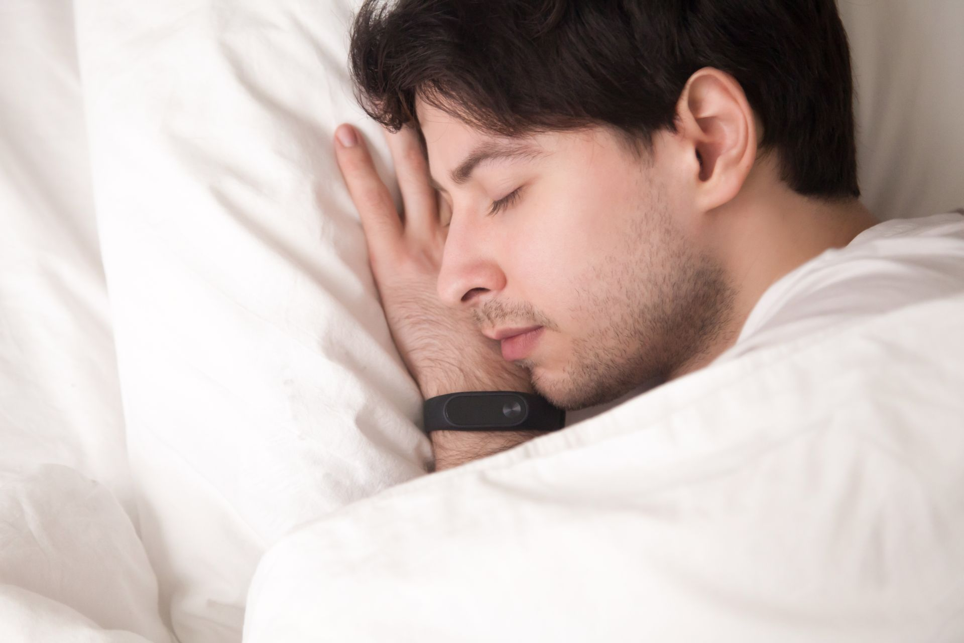 One of the Best Ways to Use an Activity Tracker is an Alarm Clock